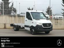 Veículo utilitário carrinha comercial chassis cabina Mercedes Sprinter 516 CDI
