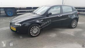 Personenwagen Alfa Romeo 147 1.9 JTD
