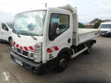 Veículo utilitário carrinha comercial basculante estandar Nissan Cabstar 130.35