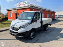 Iveco three-way side tipper van Daily 35C16