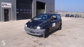 Vůz Renault Twingo 1.1i (AUTOMATIC GEARBOX)