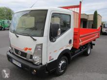 Veículo utilitário carrinha comercial basculante estandar Nissan Cabstar NT400