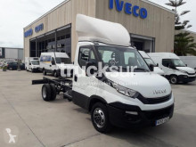Utilitaire châssis cabine Iveco 35C15