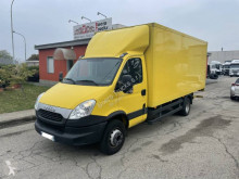 Fourgon utilitaire Iveco Daily 70C17