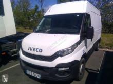 Veículo utilitário furgão comercial Iveco Daily 35S11V