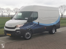 Fourgon utilitaire Iveco Daily 40 c17 3.0 ltr ac autom