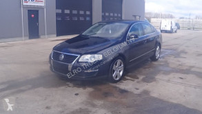 Voiture berline Volkswagen Passat 1.9 TDI (AIROCONDITIONING)