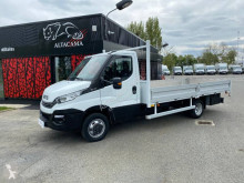Utilitaire plateau Iveco Daily