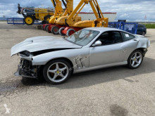 Voiture coupé Ferrari 550