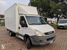 Fourgon utilitaire Iveco Daily 35C11