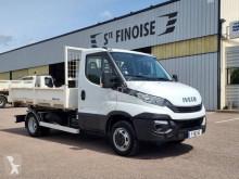 Pojazd dostawczy z hakiem do ładowania Iveco Daily 35C15