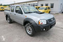 Voiture pick up Nissan NP300 NP 300 2.5 dCi Double Cab 4x4 DoKa AHK Pickup LK