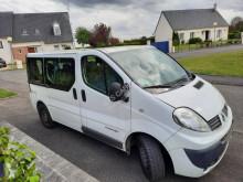 Veículo utilitário Renault Trafic 2,0L DCI 115 CV combi usado