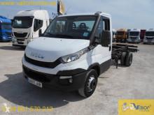Kabin şasili araç Iveco Daily 70C17