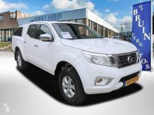 """Nissan Navara 2.3 dCi Tekna King Cab Airco Cruisecontrol 3500 Kg Trekhaak használt """"pick-up"""" típusú platós kisteherautó személyautó"""