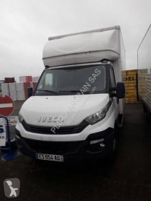 Veículo utilitário carrinha comercial caixa grande volume Iveco Daily 35C15