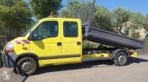 Furgoneta Renault Master 2.5 DCI 120 furgoneta volquete estándar usada