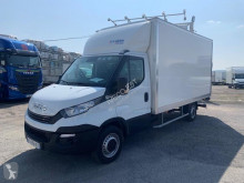 Utilitaire châssis cabine Iveco Daily 35S16 Hi-Matic caisse 20 m3 hayon 28 900 HT