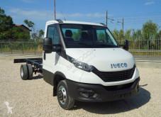 Furgoneta furgoneta chasis cabina Iveco Daily NEW DAILY 35C18 EURO 6 NUOVO TELAIO PASSO 4100