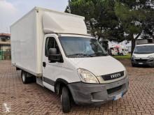 Veículo utilitário Iveco Daily 35C11 furgão comercial usado