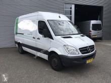 Furgoneta Mercedes Sprinter 2.2 CDI L2H2 APK 20-01-2022/Trekhaak/Bijrijders furgoneta furgón usada