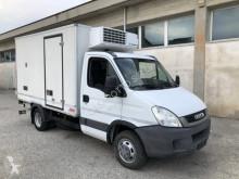 Veículo utilitário carrinha comercial frigorífica Iveco Daily Daily 50c17