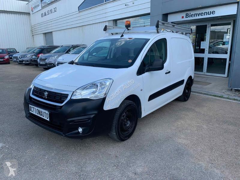 63 used Peugeot France vans for sale on Via Mobilis