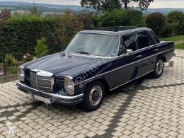 Mercedes 250/8 (W114) 1972 Blau/Schwarz H-Zulassung 250/8 (W114) 1972 Blau/Schwarz H-Zulassung samochód osobowy używany
