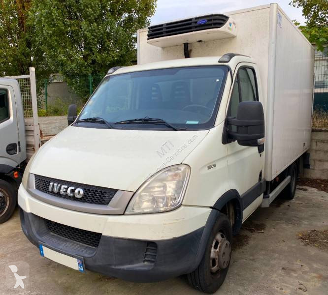 Zobaczyć zdjęcia Pojazd dostawczy Iveco Daily 35C13