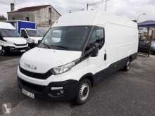 Fourgon utilitaire Iveco Daily 35S17