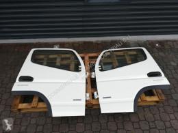 Pièces détachées carrosserie Mitsubishi Fuso complete RH + LH