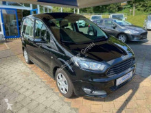 Voiture berline Ford Tourneo Courier Trend