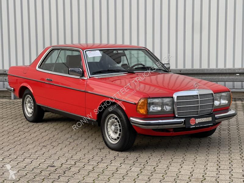 Voir les photos Véhicule utilitaire Mercedes 280 CE Coupe  CE Coupe Radio