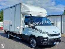 Utilitaire caisse grand volume Iveco Daily 35C16