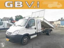 Devirmeli araç standart Iveco Daily 35C15