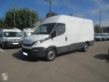 Fourgon utilitaire Iveco Daily 35s14 v12