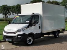 Iveco Daily 35S16 bakwagen + laadklep dostawcza skrzynia o dużej pojemności używany