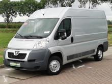 Úžitkové vozidlo úžitkové vozidlo Peugeot Boxer 330 3.0 ltr 180pk ac!
