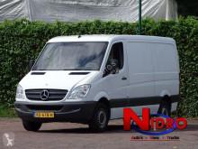 Furgoneta Mercedes Sprinter 316 NAVI AIRCO CRUIS TRHAAK 3.5 TON GEISOLEERD furgoneta furgón usada