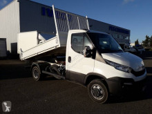Iveco Daily 35C13 nyttobil med flak begagnad