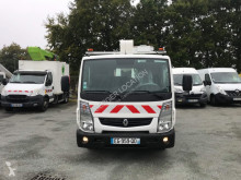 Utilitaire nacelle télescopique Renault Maxity 120.35