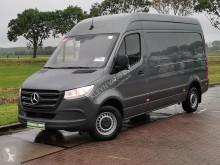 Fourgon utilitaire Mercedes Sprinter 314 l2h2 airco rwd