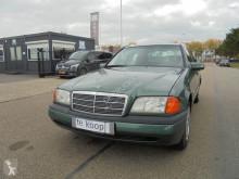 Voiture berline Mercedes Classe C (W202) 2.2 BENZINE