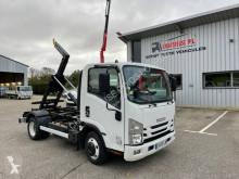 Isuzu N-SERIES NNR 35 camion con gancio di sollevamento / polybenna usato