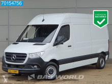 Bestelwagen Mercedes Sprinter 314 CDI 140pk L2H2 Camera Cruise Airco MBUX 12m3 A/C Cruise control