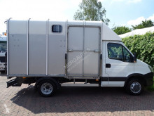 Voir les photos Véhicule utilitaire Iveco Daily Horse truck IFOR WILLIAMS Camera Airco