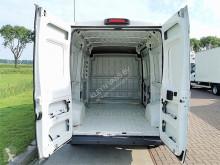 Zobaczyć zdjęcia Pojazd dostawczy Peugeot Boxer 2.0 bluehdi 130 l2h2