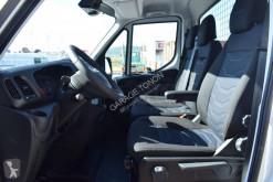 Vedeţi fotografiile Vehicul utilitar Iveco Daily 35C15