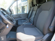 Voir les photos Véhicule utilitaire Volkswagen Crafter 35 2.0 TDI L3H3 Highline 140 pk