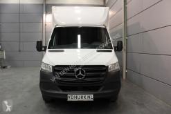 Voir les photos Véhicule utilitaire Mercedes Sprinter € 360,- p/m* 314 2.2 CDI Bakwagen met Laadklep 1.000kg Laadverm./Zijdeur/Topspoiler/Airco/Cruise
